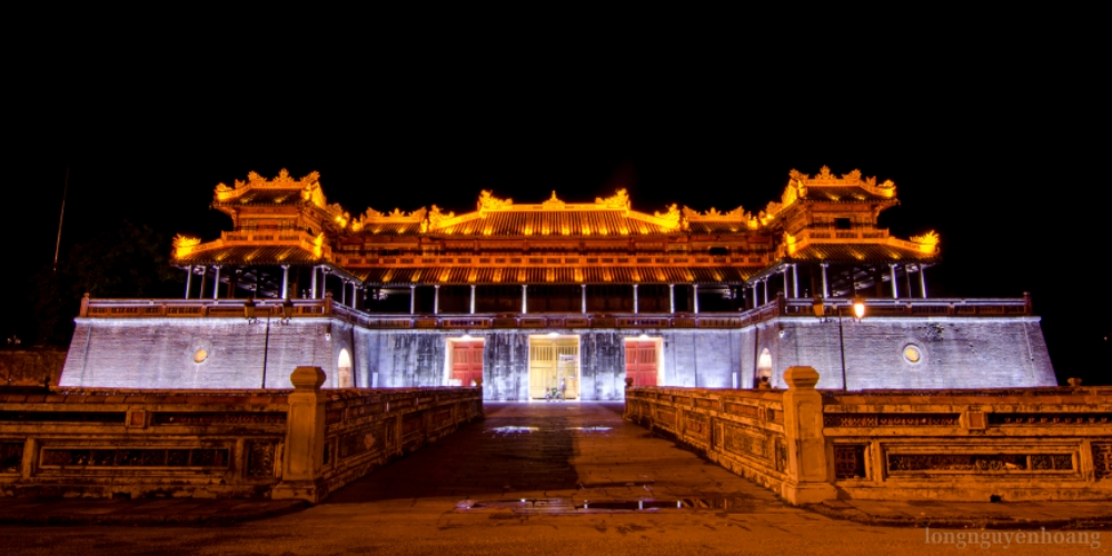 Digital project helps preserve Hue historical monuments. The Prime Minister approved an Adjusted Planning Framework for the Complex of Hue Monuments from 2010-2020 in June 2010, laying grounds for the province's preservation work. As the result, more than 170 relics have been preserved, repaired and restored so far, including Ngo Mon (Meridian Gate), Dien Thai Hoa (Palace of Supreme Harmony), Hien Lam Cac (Pavilion of Radiant Benevolence from On-High), The Mieu (Complex of the Temple for the Worship of the Nguyen Emperors), Cung Truong Sanh (Truong Sanh Royal Palace), Dan Nam Giao (Esplanade of Sacrifice to the Heaven and Earth), Tomb of King Gia Long and Chua Thien Mu (Celestial Lady Pagoda).
