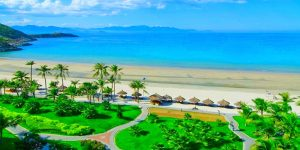 Nha Trang is a resort town in Vietnam located in the province of Khanh Hoa with a population of around 500,000. Nha Trang has a 4-km long beach and City stays 1,280 km from the capital of Hanoi, 200 km from Phan Thiet and 448 km from Ho Chi Minh City, Saigon. Nha Trang is bounded on the north by Ninh Hoa district, on the south by Cam Ranh town and on the west by Dien Khanh District. Nha Trang Bay is considered to be one of the most beautiful gulfs in the world, with its 19 different islands, which makes Nha Trang an ideal beach holiday destination by attracting a large number of foreign tourists and also very popular among Vietnamese tourists. Beautiful beaches, lush tropical nature, clear seawater, warm sea temperatures all year round making Nha Trang one of the most popular tourist destinations in all over Vietnam.