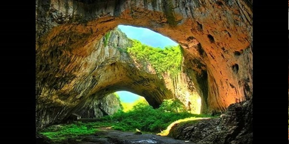 "Phong Nha – Ke Bang National Park in the central province of Quang Binh is frequently dubbed as the ""Kingdom of Caves"" for the magnificent specimens it boasts."