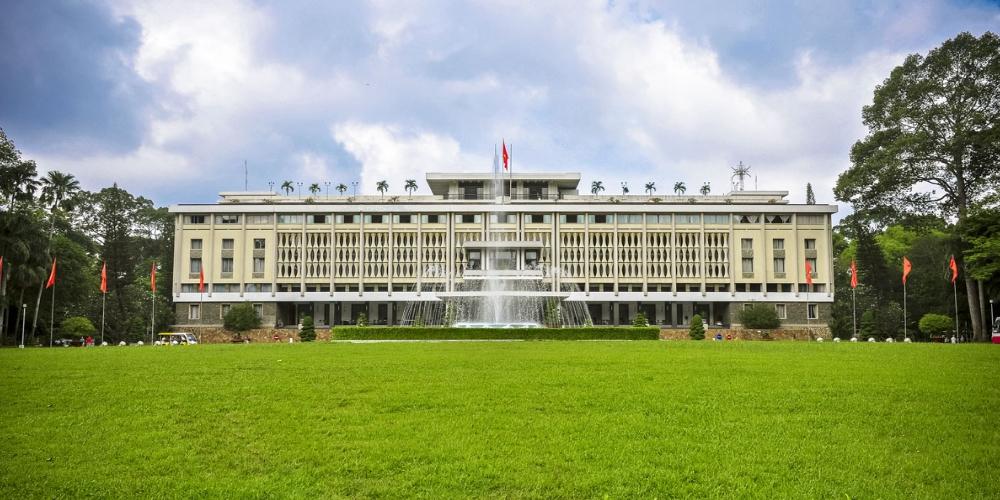4 day tour Saogon-Dalat-Mui Ne-Saigon. Independence Palace HCMC