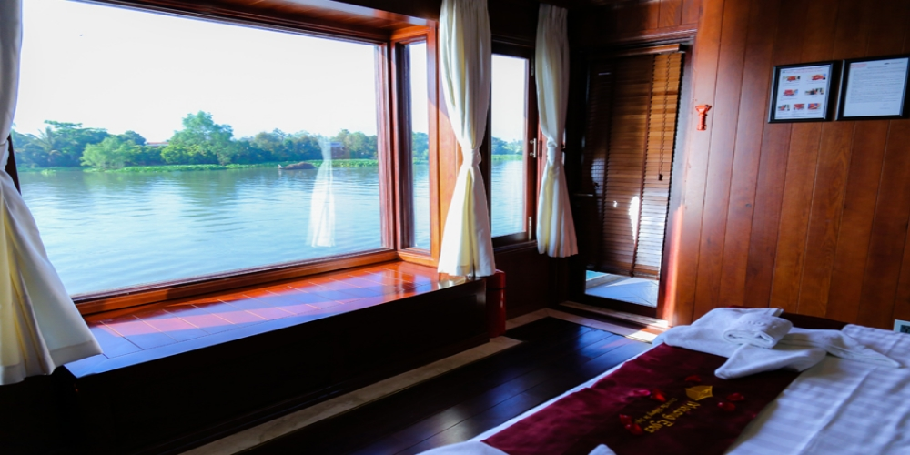 "Mekong river cruises. Powerful Mekong River flows through six countries from its source high up in the Tibetan Plateau. After a long journey of 4.500 km, the Mekong reaches the Pacific Ocean. The Mekong once named ""Mother of all rivers"" providing a lifeline for millions of people."