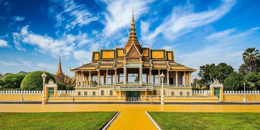 Kết quả hình ảnh cho Phnom Penh Royal Palace