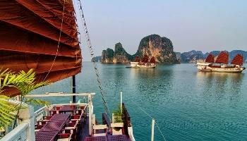 Group tours Hanoi - Halong cruise - Hanoi