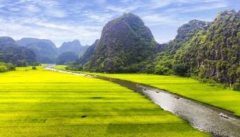 Group tours Tam Coc - Bai Dinh - Trang An